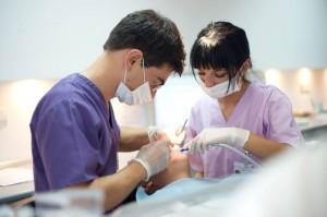asistenta cabinet stomatologic